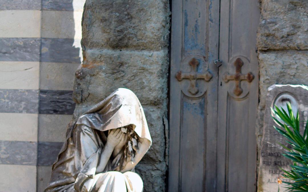 Simbología funeraria: Dolientes