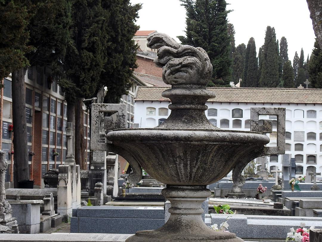 Simbología funeraria: El ciprés